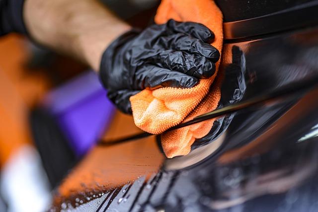 Vogelkot Auto entfernen -schonend & gründlich