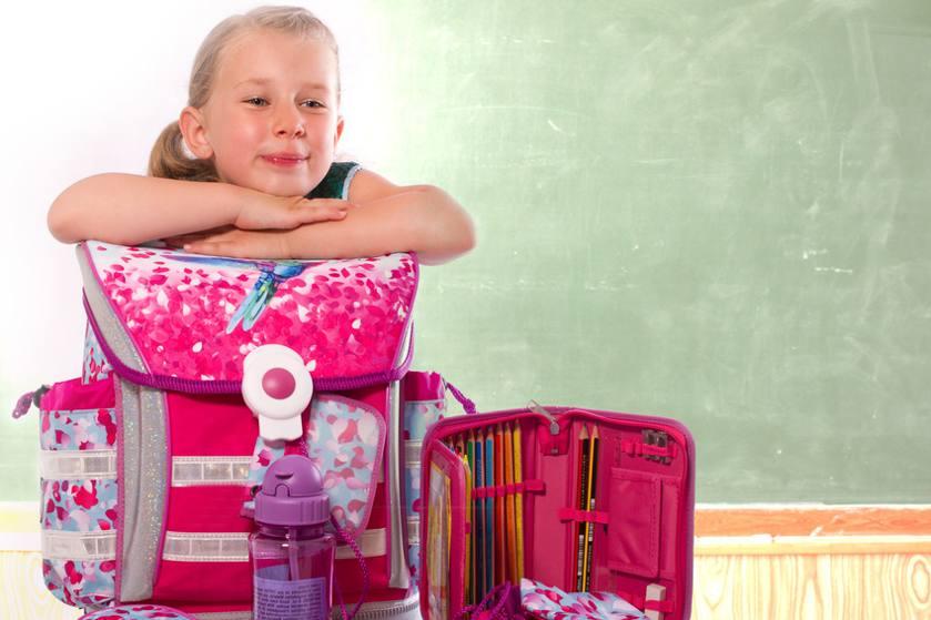 Schulbedarf und Zubehoer